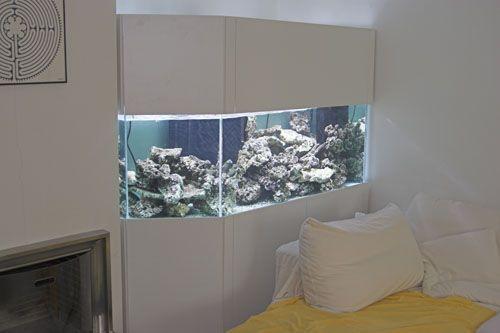 aquarium salon beautiful odyssee aquarium salon de la dcoration wwwaquasfr with aquarium salon. Black Bedroom Furniture Sets. Home Design Ideas